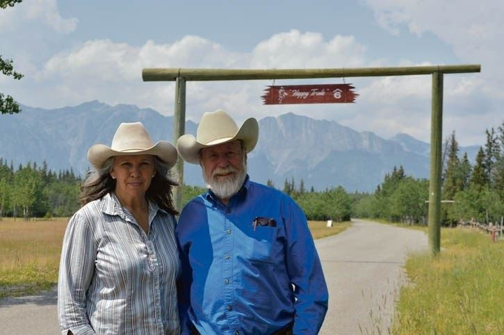 Gloria and Stan Cowley, Photograph from Rocky Mountain Outlook, 2015